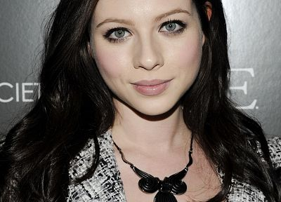 brunettes, women, Michelle Trachtenberg - random desktop wallpaper