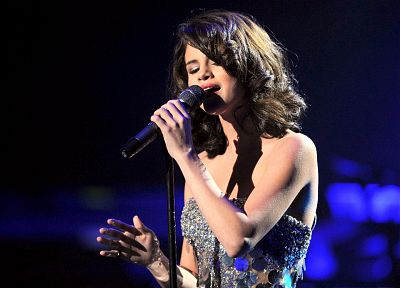 Selena Gomez, celebrity, live, singers - related desktop wallpaper