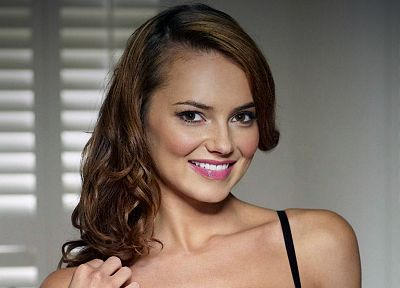 brunettes, women, actress, Kara Tointon, smiling, British, faces, portraits - desktop wallpaper