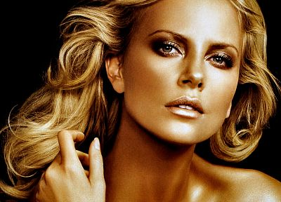 blondes, women, actress, Charlize Theron, gold, faces - random desktop wallpaper