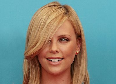 blondes, women, Charlize Theron - desktop wallpaper
