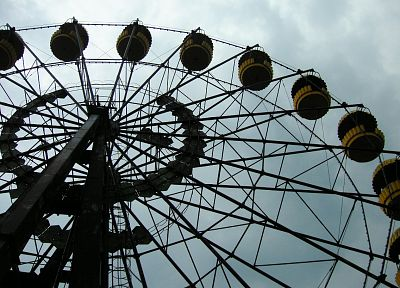 Pripyat, ferris wheels, abandoned - random desktop wallpaper