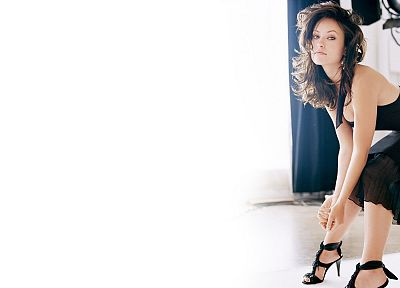 brunettes, women, dress, actress, models, Olivia Wilde, high heels, black dress - desktop wallpaper