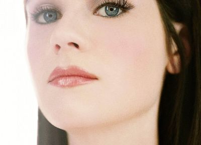 blue eyes, Zooey Deschanel - desktop wallpaper