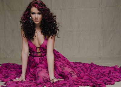 brunettes, women, cleavage, pink hair, Joss Stone, earrings, curly hair, pink dress - related desktop wallpaper