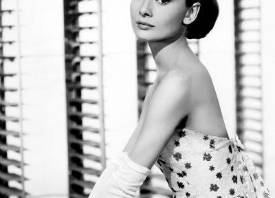 actress, Audrey Hepburn, grayscale, monochrome - desktop wallpaper