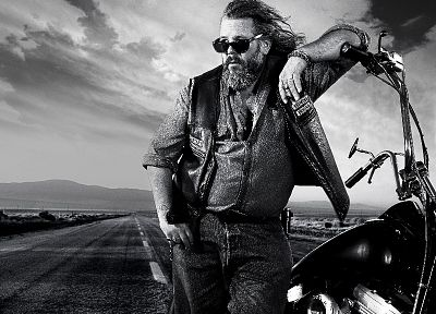 Sons Of Anarchy, bobby, monochrome, TV series - duplicate desktop wallpaper