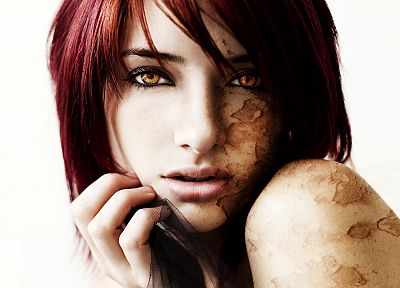 women, Susan Coffey, infected - random desktop wallpaper