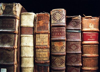 vintage, books - random desktop wallpaper