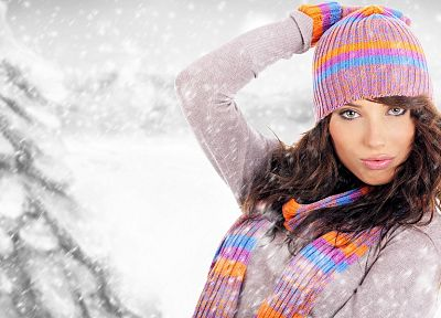 brunettes, women, winter - desktop wallpaper