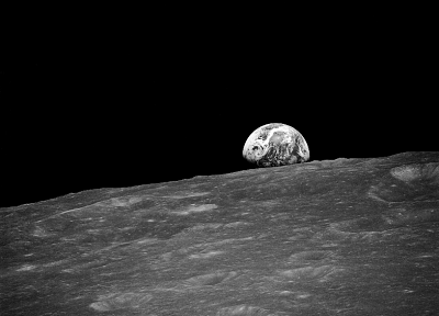 Moon, earthrise, monochrome, Apollo - random desktop wallpaper