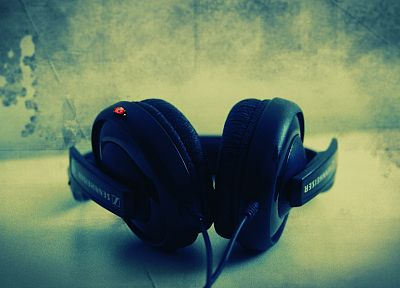headphones, music, Sennheiser, ladybirds - random desktop wallpaper