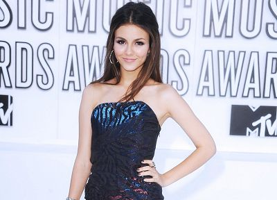 women, Victoria Justice - random desktop wallpaper