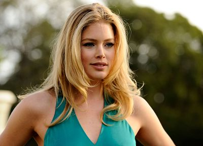 blondes, women, Doutzen Kroes, faces - random desktop wallpaper