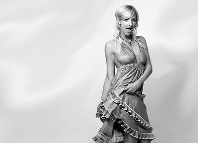 women, Ashlee Simpson - related desktop wallpaper