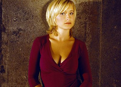 women, actress, Allison Mack, Smallville, Chloe Sullivan - random desktop wallpaper