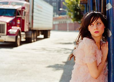 brunettes, women, Zooey Deschanel, faces - random desktop wallpaper