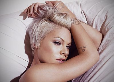 tattoos, women, close-up, celebrity, short hair, singers, lying down, faces, Pink (singer) - related desktop wallpaper