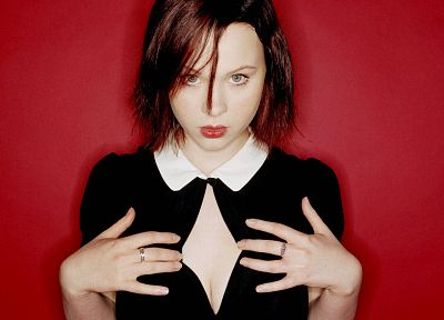 brunettes, women, red, Thora Birch - random desktop wallpaper