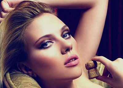 blondes, women, close-up, Scarlett Johansson, actress, celebrity, faces - desktop wallpaper
