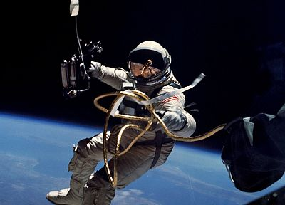 NASA, astronauts, space walk - random desktop wallpaper