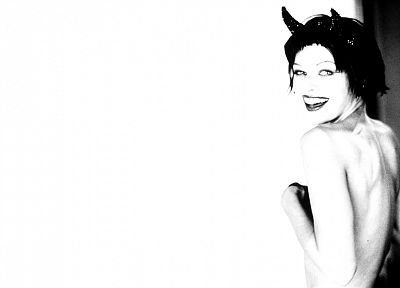 actress, horns, devil, Milla Jovovich - desktop wallpaper