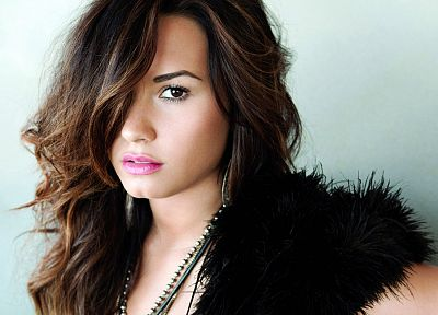 brunettes, women, celebrity, brown eyes, Demi Lovato, TagNotAllowedTooSubjective, portraits - related desktop wallpaper