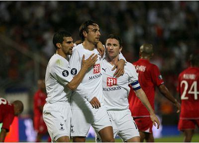 soccer, Berbatov, Robbie Keane, Tottenham Hotspur, football player - random desktop wallpaper