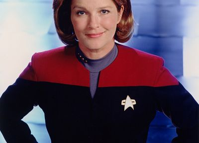 captain, Kate Mulgrew, Kathryn Janeway, Star Trek Voyager - random desktop wallpaper