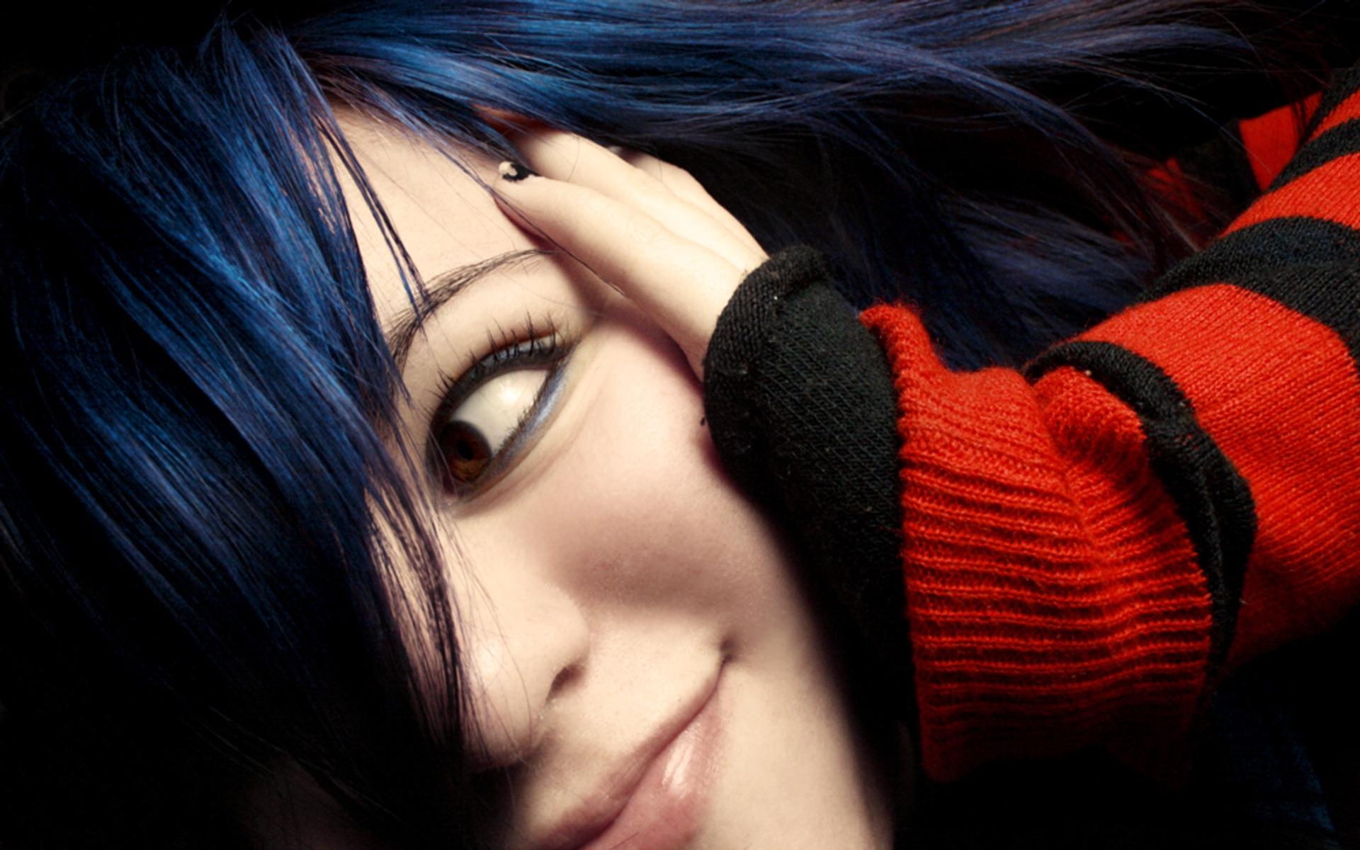 Фото эмо девушек брюнеток
