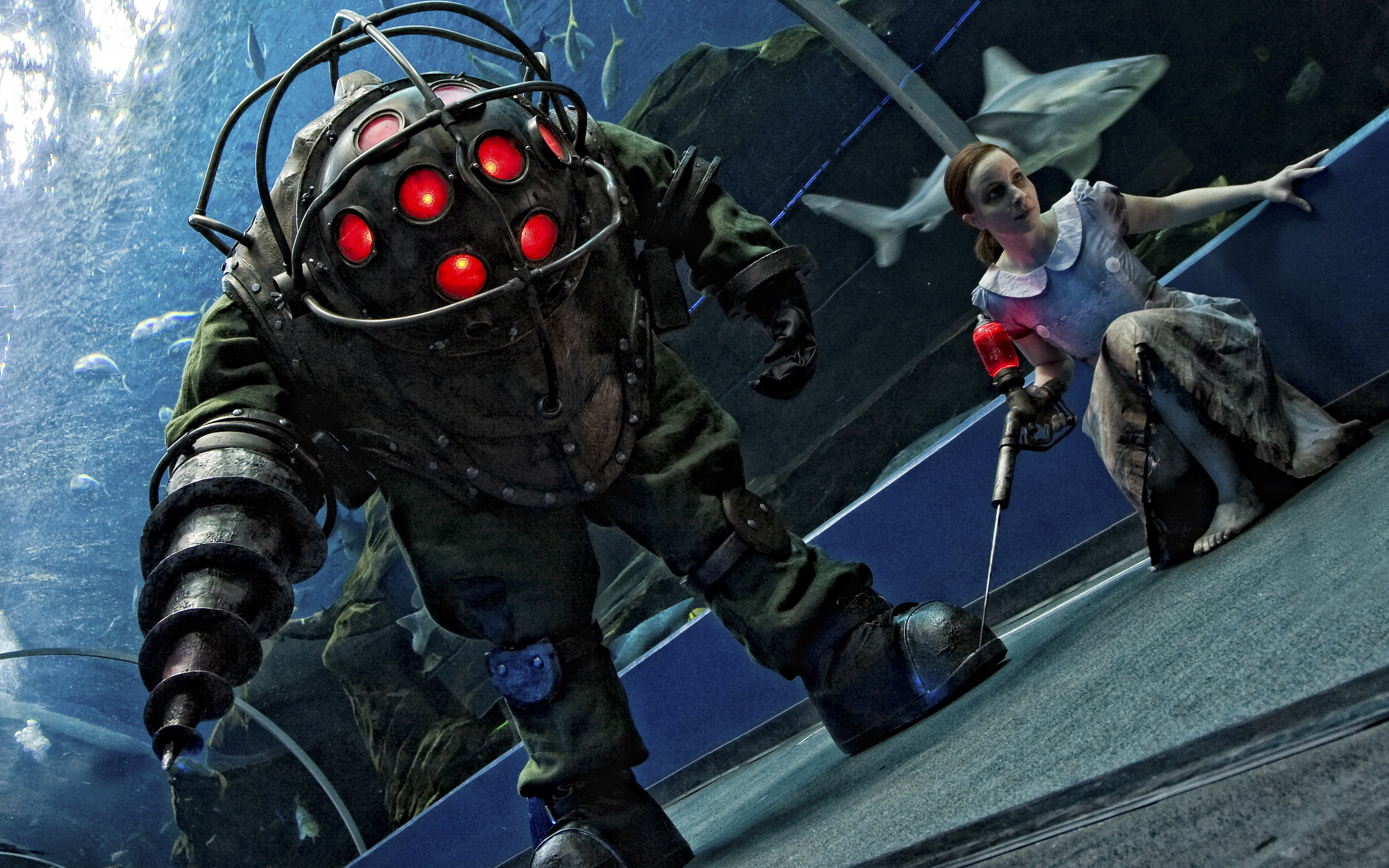 Video Games Big Daddy Little Sister Bioshock Free Wallpaper