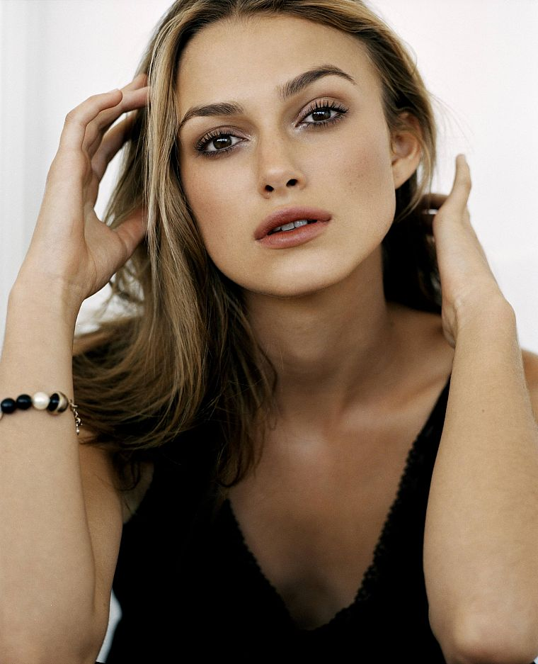 Keira Knightley - desktop wallpaper