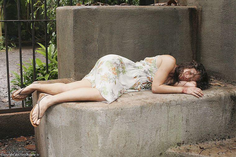 Lilly feet evangeline Evangeline Lilly