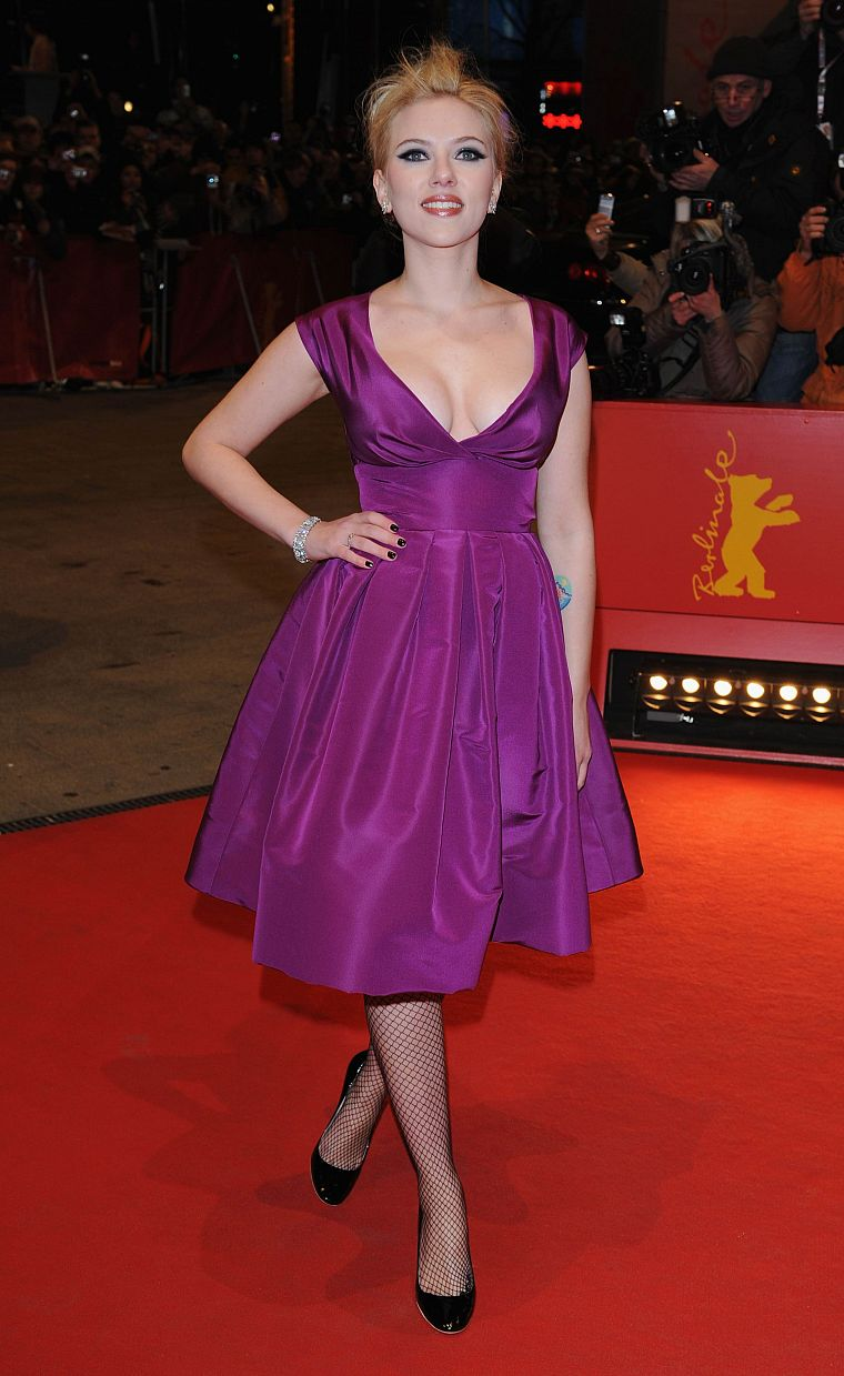 women, Scarlett Johansson, actress, purple dress - desktop wallpaper