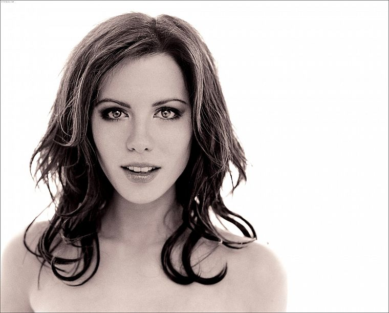 women, Kate Beckinsale, monochrome - desktop wallpaper