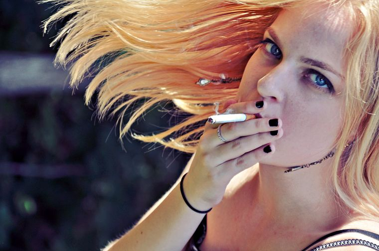 blondes, women, smoking, blue eyes, nails - desktop wallpaper
