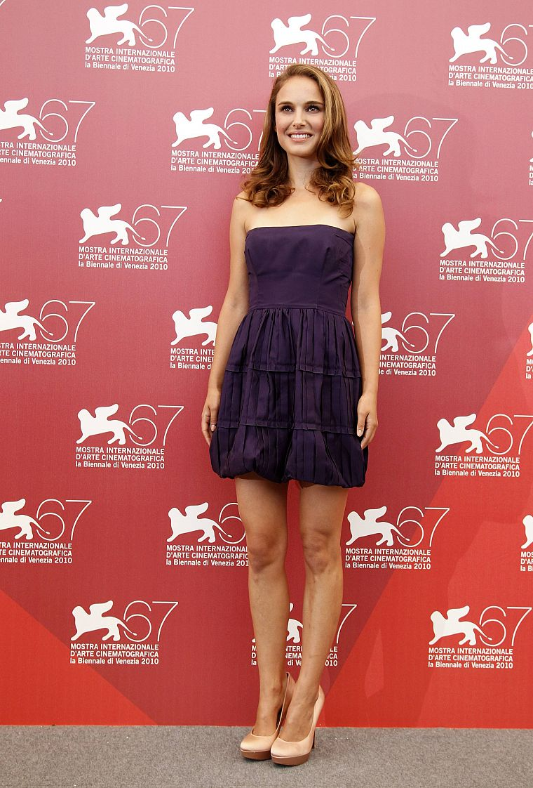 natalie portman purple dress free wallpaper