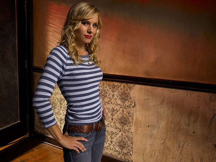blondes, women, jeans, Kristen Bell, actress, celebrity, striped clothing - desktop wallpaper