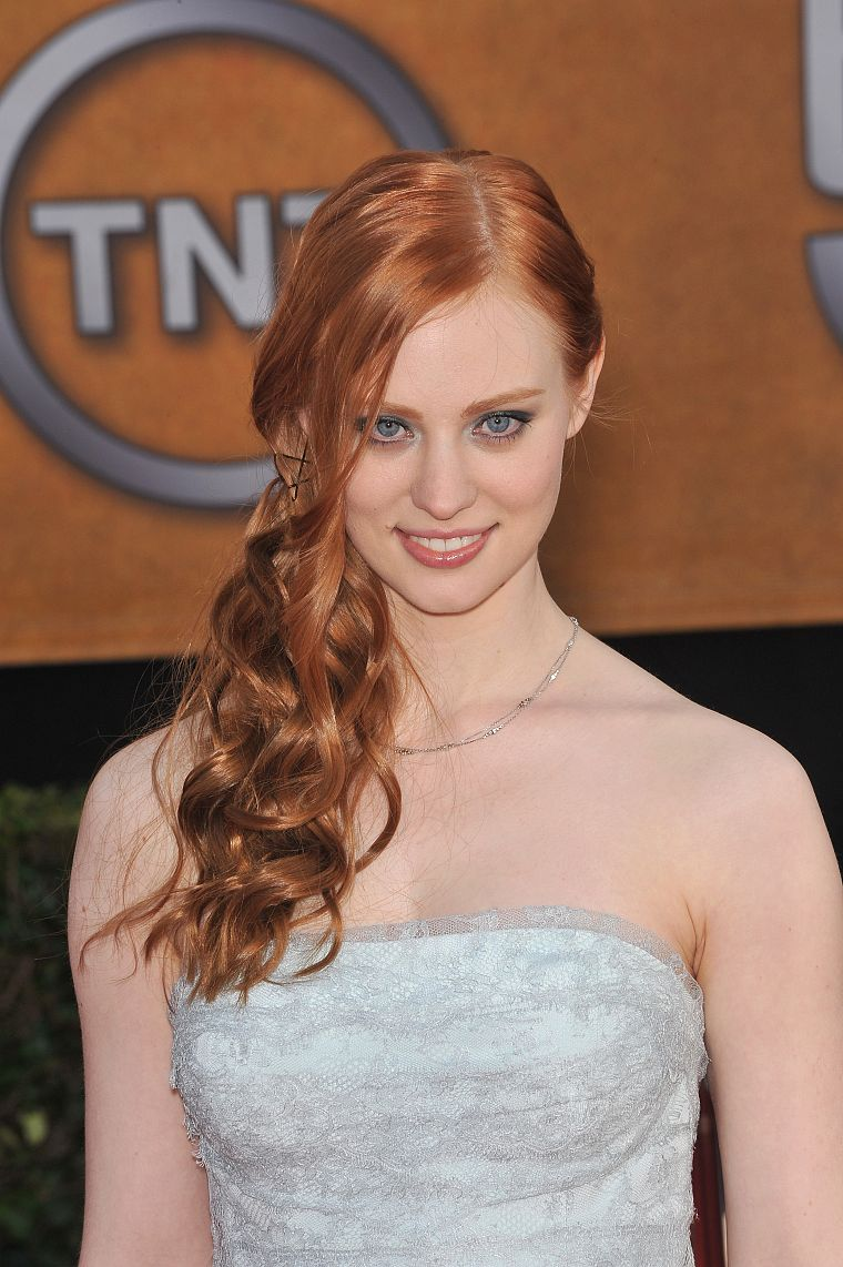 Deborah Ann Woll - desktop wallpaper