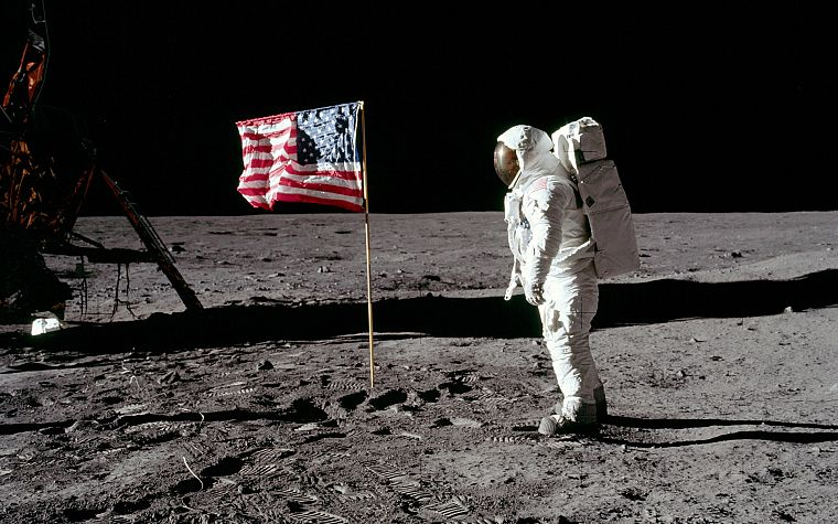 Moon, astronauts, American Flag, footprint - desktop wallpaper