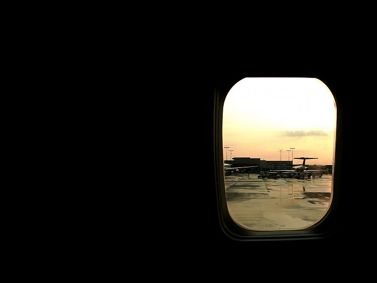 airplanes, window - desktop wallpaper