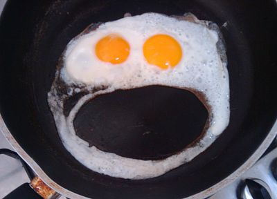 eggs, smiley, fried eggs - random desktop wallpaper