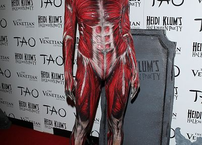 costume, Halloween, Heidi Klum, red carpet, muscles - related desktop wallpaper