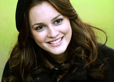 Leighton Meester - related desktop wallpaper