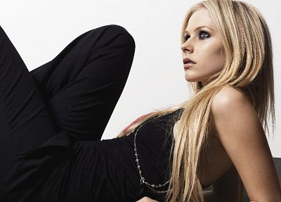 women, Avril Lavigne - random desktop wallpaper