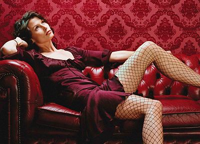 brunettes, women, models, Bridget Moynahan, fishnet stockings - random desktop wallpaper