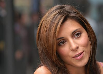 Jamie Lynn Sigler, faces - random desktop wallpaper