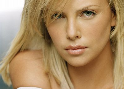 blondes, women, actress, Charlize Theron - desktop wallpaper
