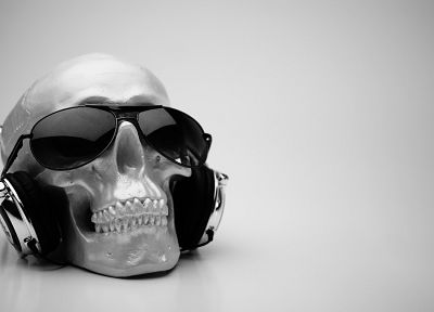headphones, skulls, sunglasses - desktop wallpaper