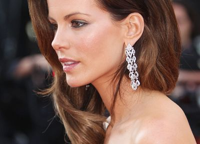 Kate Beckinsale, celebrity - random desktop wallpaper